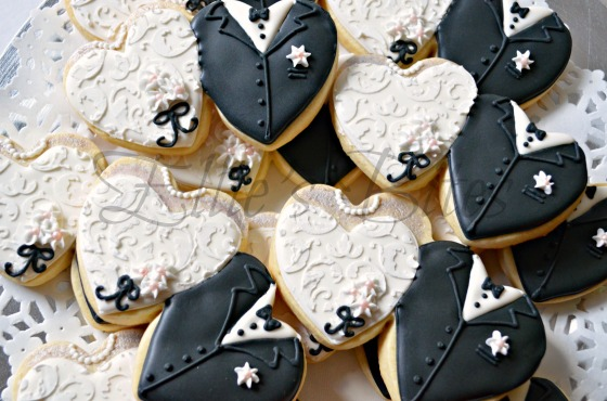 Wedding Couple Cookies (Ellie's Bites)